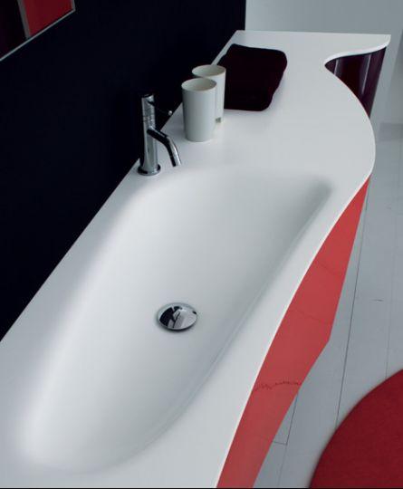 Плавная коллекция мебели для ванной комнаты.