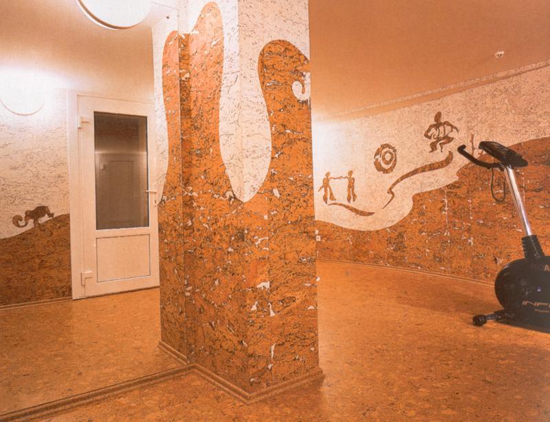Пробковое покрытие пола и стен