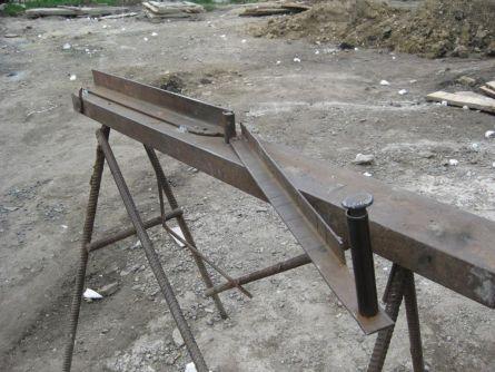 Самодельный станок для изгиба арматуры.