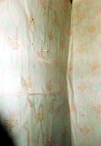 Неровность стен дома